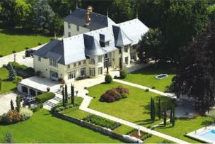 Château d'exception à 40 mn de Genève
