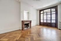 Bel appartement rénové, aux Eaux-Vives