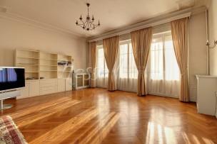 Magnifique appartement Bourgeois en plein coeur de ville