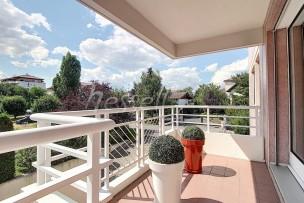 Lumineux et confortable appartement proche de Genève