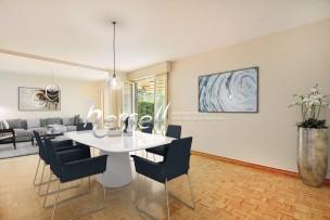 Agréable appartement de six pièces en rez-de-jardin