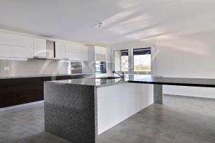 Lumineux appartement neuf à Saubraz