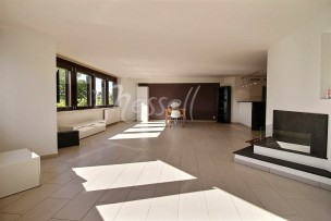 Vaste et confortable appartement entre Coppet et Versoix