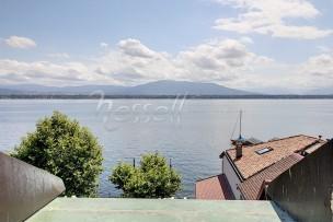 Superbe attique face au Lac et aux Alpes,à Coppet