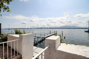 Rarissime maison au bord du Lac