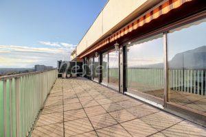 Vues exceptionnelles pour ce Duplex neuf proche de Genève
